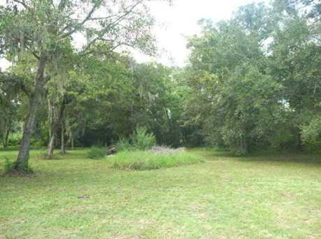 113 Oak Colony - Photo 3