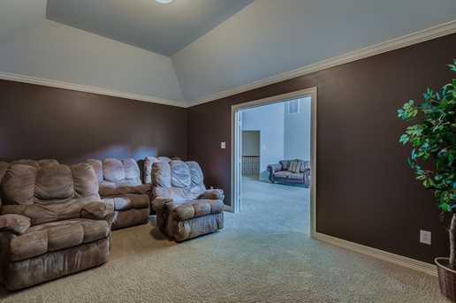 1810 Portglen Drive - Photo 23