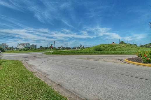 4242 Marina Boulevard - Photo 5