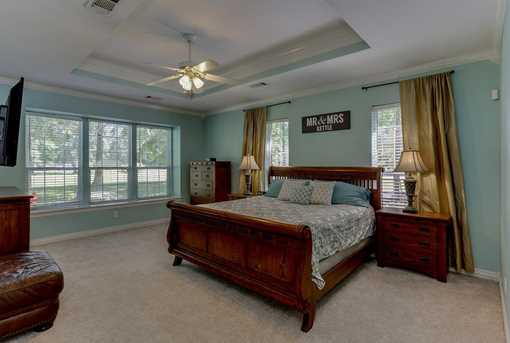 910 Winchester Bend - Photo 15