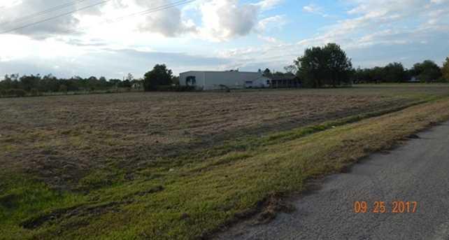 191 County Road 6052 - Photo 3