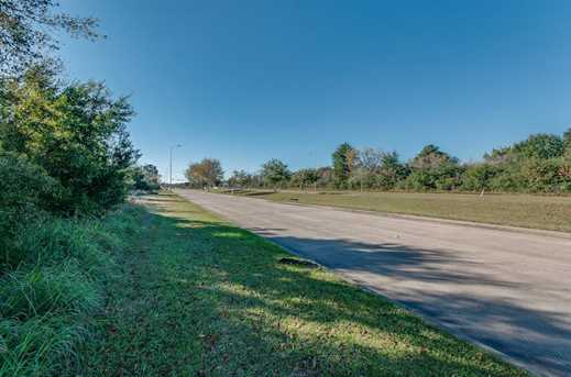 00 Pearland Parkway - Photo 21