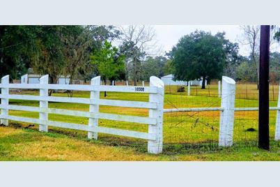 10308 County Road 321 - Photo 1