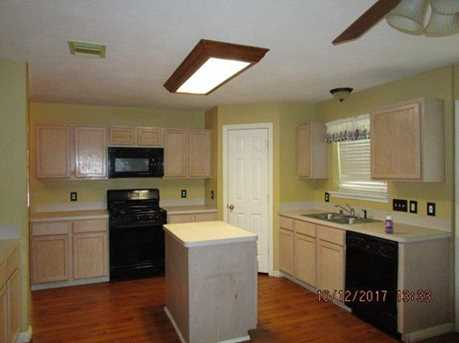 7707 Little Thicket - Photo 8