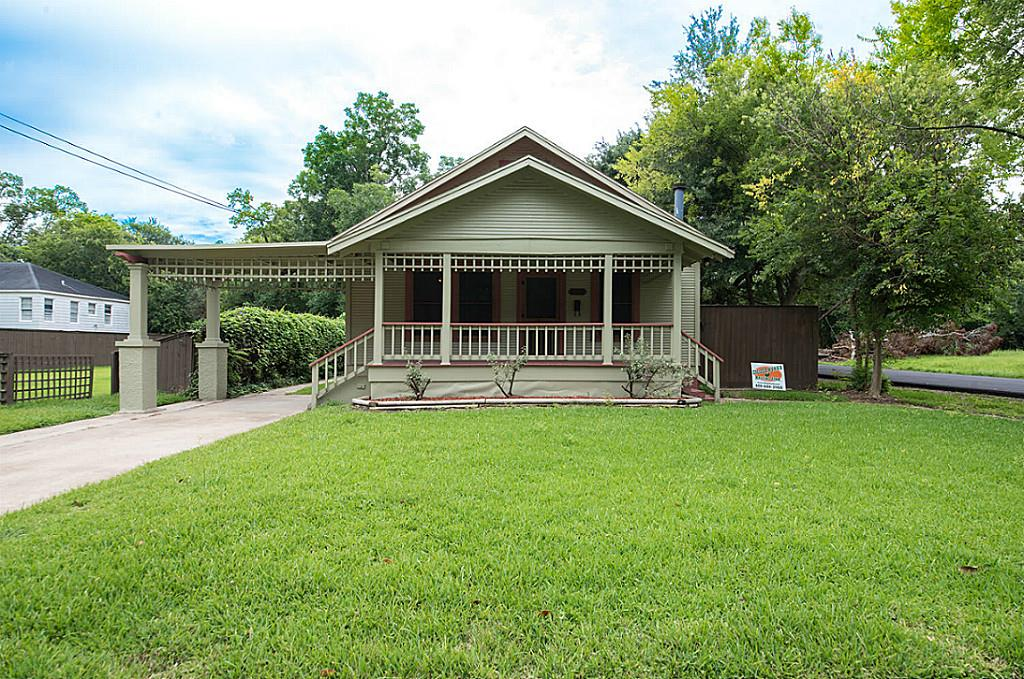 2202 Long Beaumont Tx 77701 Mls 32993067 Coldwell Banker