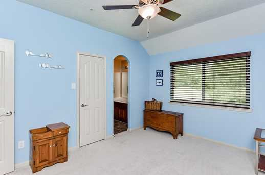 12407 Stallion Ct - Photo 33