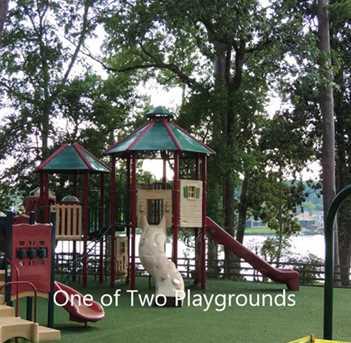 266 Broadmoor - Photo 12