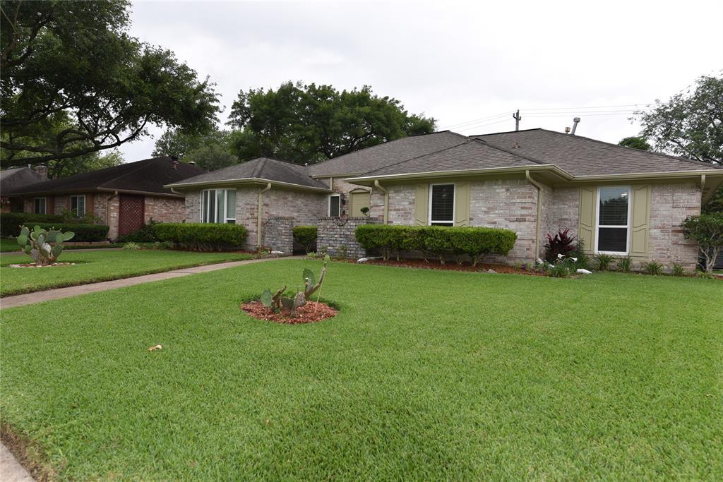 Super 9014 Abbeydale Dr Houston Tx 77031 Mls 34993538 Coldwell Banker Download Free Architecture Designs Boapuretrmadebymaigaardcom
