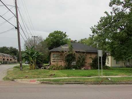 3314 Sampson Street - Photo 1