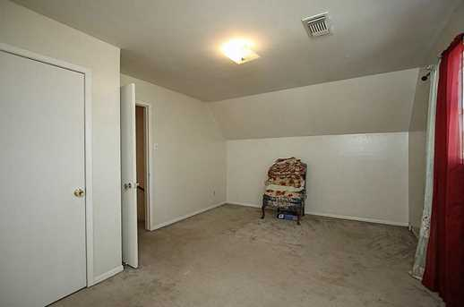 4406 Sherwood - Photo 24
