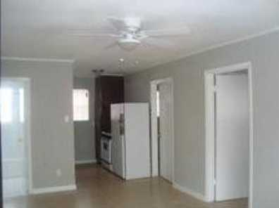 2410 Southmore Bl #4 - Photo 3