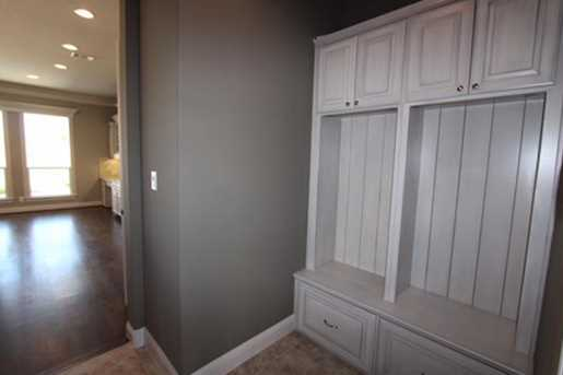1859 Candlelight Place Drive - Photo 7