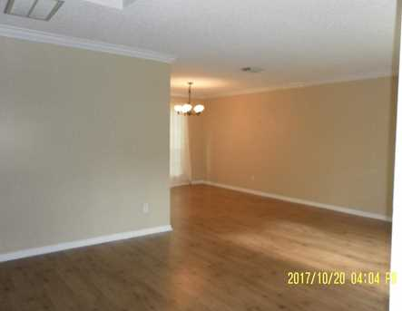 2607 Woodstream - Photo 5