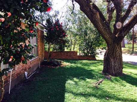 215 Homewood Drive - Photo 5