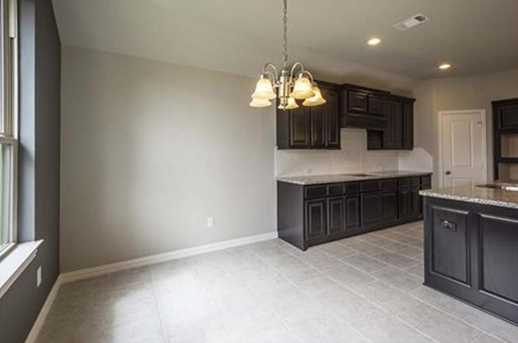 7415 Windsor View - Photo 21