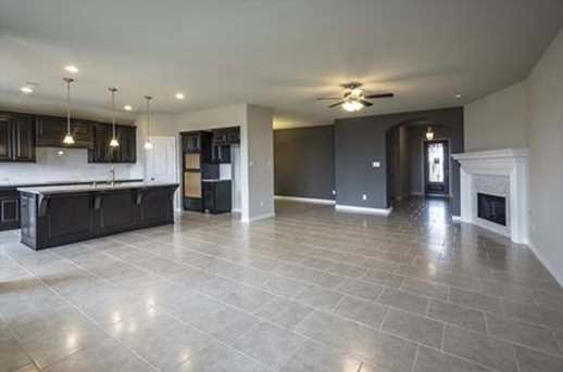 7415 Windsor View - Photo 6