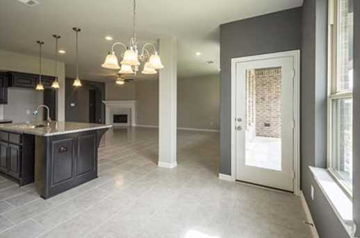 7415 Windsor View - Photo 20