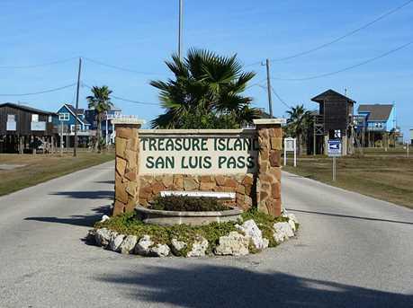 13238 Gulf Beach Drive - Photo 11