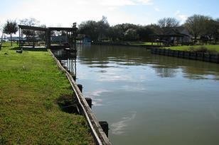 208 Boat Dock - Photo 1