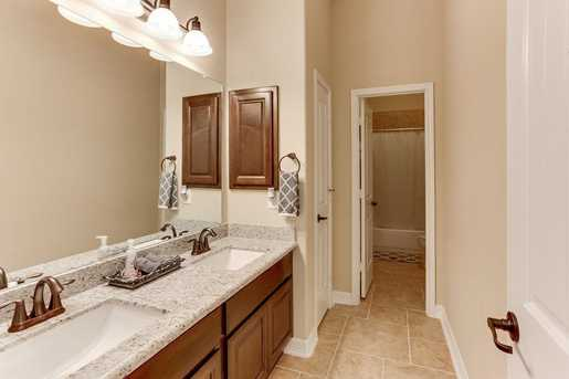26511 Country Hollow - Photo 27