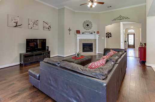 26511 Country Hollow - Photo 15