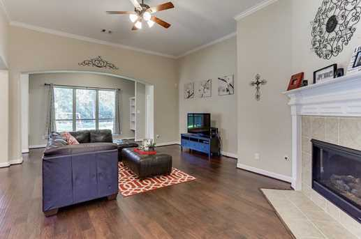 26511 Country Hollow - Photo 16