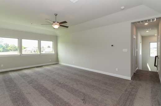 9206 Pebblestone Ridge - Photo 15