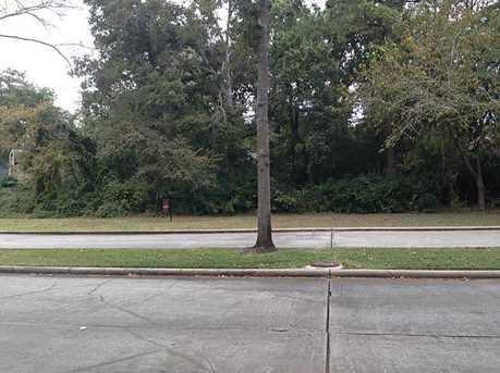 3006 Cedar Woods Place - Photo 5