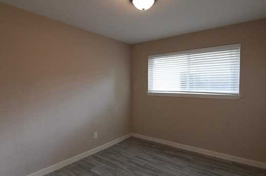 6331 French Chateau Dr - Photo 15