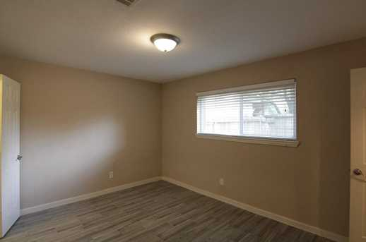 6331 French Chateau Dr - Photo 11