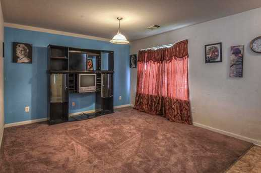 11722 Wainscot Ct - Photo 3