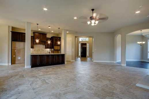 11119 Mayberry Heights - Photo 11