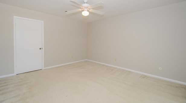 10313 Briar Forest Dr - Photo 25