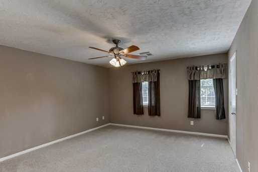 9842 Clubhouse - Photo 19