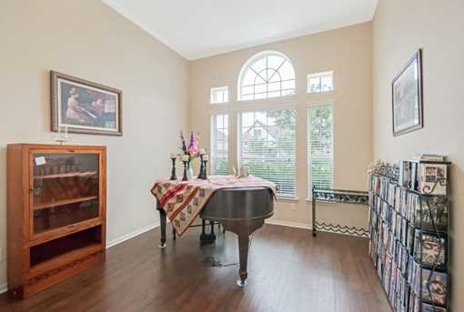 1745 Coral Cliff - Photo 7