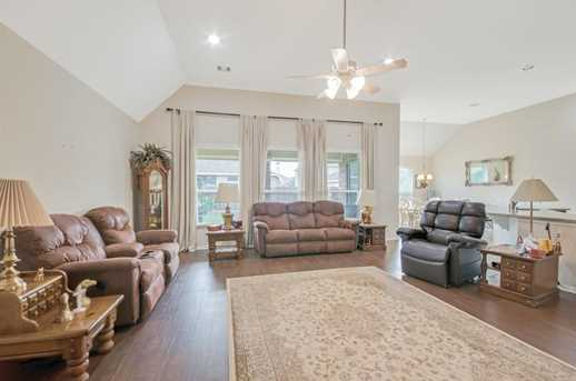 1745 Coral Cliff - Photo 21