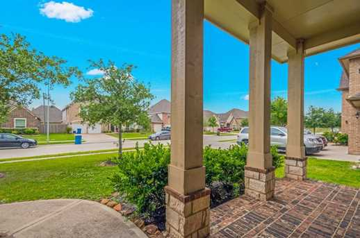 1745 Coral Cliff - Photo 5