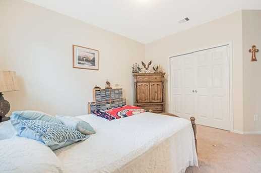 1745 Coral Cliff - Photo 13