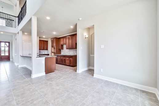15202 Holloway Hills - Photo 11