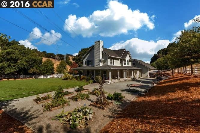 Additional photo for property listing at 95 Hampton Road  MARTINEZ, CALIFORNIA 94553