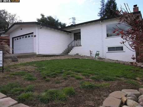 30 Grand View Ave - Photo 1