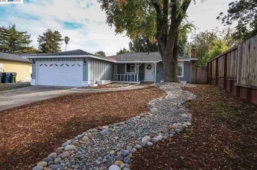 1167 Sierra Court - Photo 1