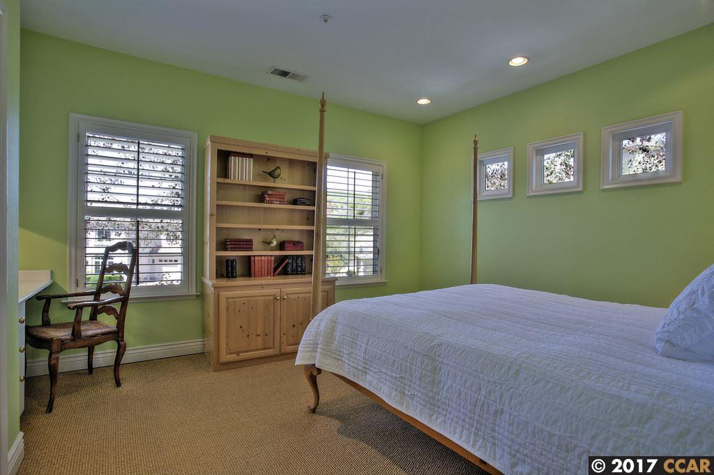Additional photo for property listing at 2180 Sky View Ct  MORAGA, CALIFORNIA 94556