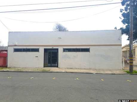 220 S 6th St - Photo 1