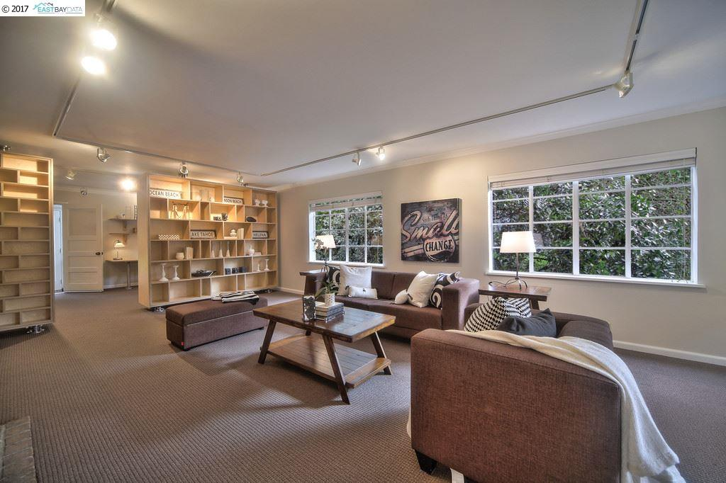 Additional photo for property listing at 129 Saint James Dr  PIEDMONT, CALIFORNIA 94611
