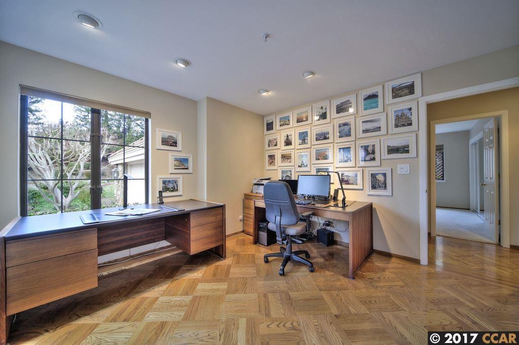 Additional photo for property listing at 12 Harrington Rd  MORAGA, CALIFORNIA 94556