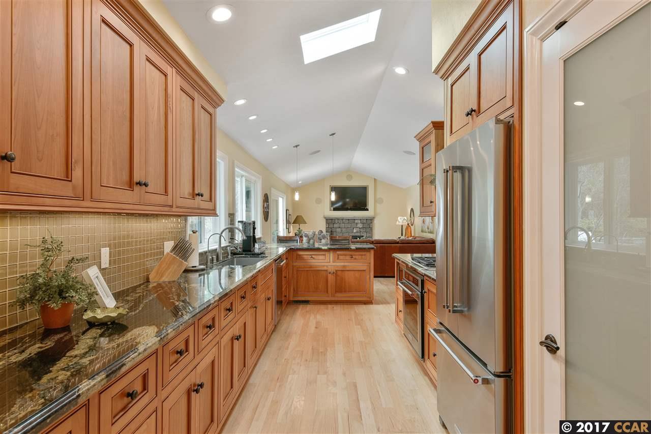 Additional photo for property listing at 3983 Paseo Grande  MORAGA, CALIFORNIA 94556