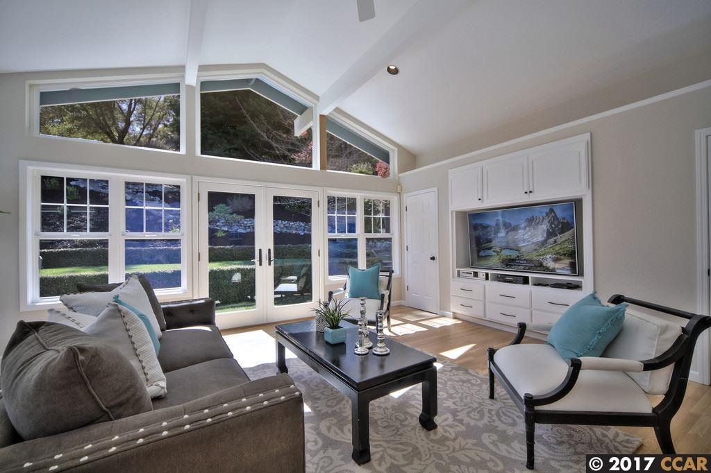 Additional photo for property listing at 35 Martha Rd  ORINDA, CALIFORNIA 94563