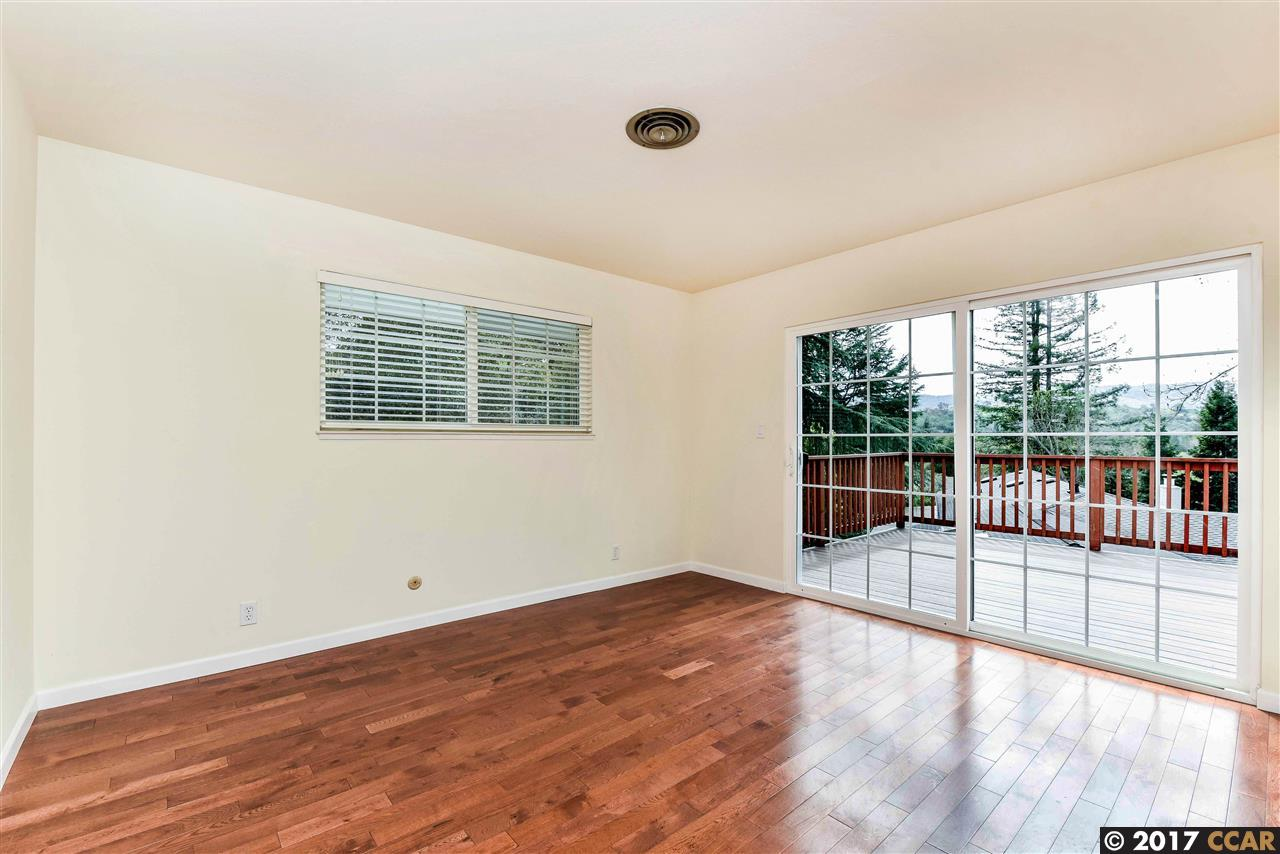 Additional photo for property listing at 34 Mott Dr  ALAMO, CALIFORNIA 94507