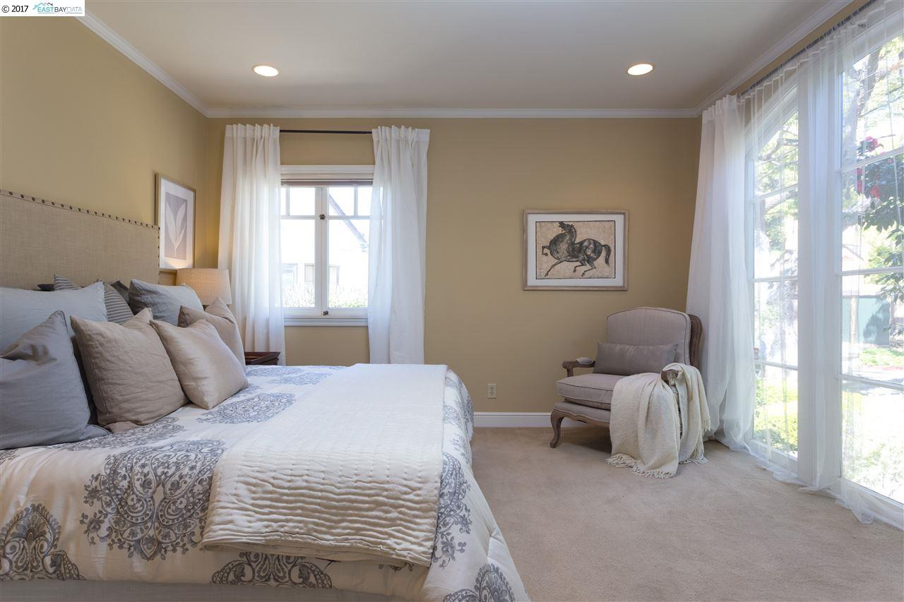 Additional photo for property listing at 1946 Yosemite Rd  BERKELEY, CALIFORNIA 94707